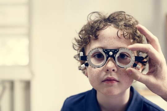 Optometrist paneb vanematele südamele: lastele tasuks osta kvaliteetsed prillid, mis neile meeldivad!