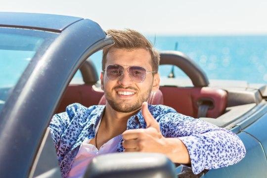 Mees, ihaldad kalleid autosid? Teadlased teavad, mis paneb sind raha laristama