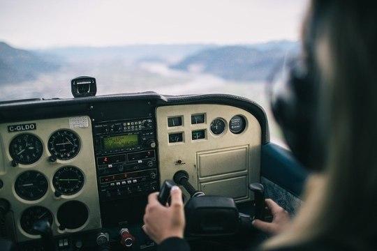 Piloot saadeti vangi purjuspäi lennuki juhtimise eest