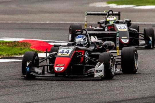 Jüri Vips oli Silverstone'is kiireim ja võttis hooaja teise võidu