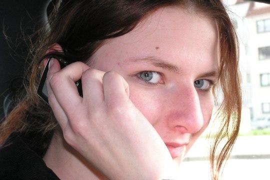 Kas lähedastele juba helistasid? Suhtlemise üllatav mõju