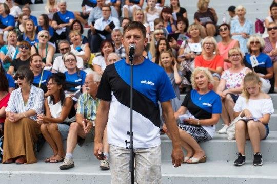"""Ave Alavainu: """"Mis riik see on, mis oma rahval tasuta lauldagi ei luba?"""""""