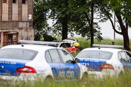Roosiks löödud pudelid, taskunoad ja relvaga ähvardamine – turvatöötaja ameti telgitagused