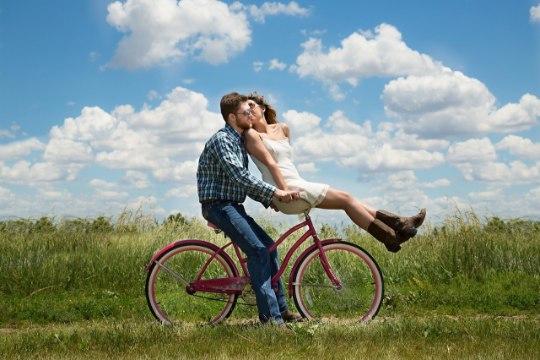 Kuus asja, mida mees teeb vaid selle naise heaks, keda ta tõeliselt armastab