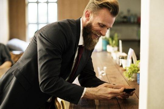 PARD VOHAMA: kuidas kasvatada ja hooldada võimsat habet?