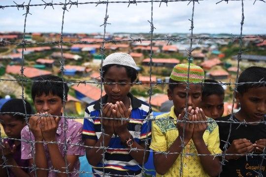 ÜRO: Myanmari sõjavägi põletab, tapab ja vägistab massiliselt rohingja vähemusrahvuse külades