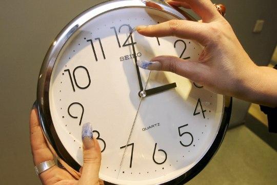 Eurooplased tahavadki kellakeeramisele lõpu teha