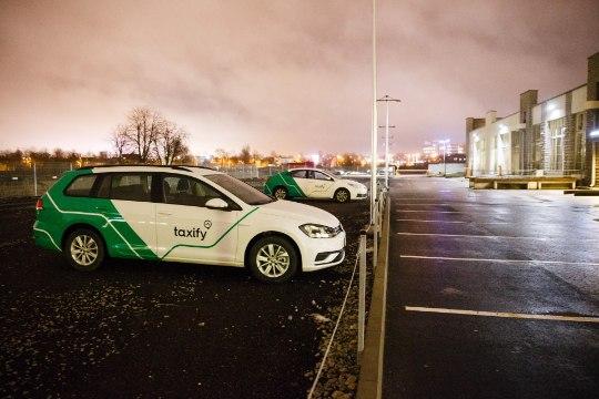 SÕIDUJAGAMISE ETIKETT: kuidas käituda Uberi või Taxify autos?
