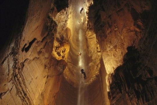 Esimese naisena maailma sügavaimas koopas