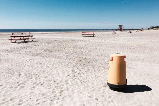 Turvafirma saatis rannas olnud purjus ja alasti soomlased minema