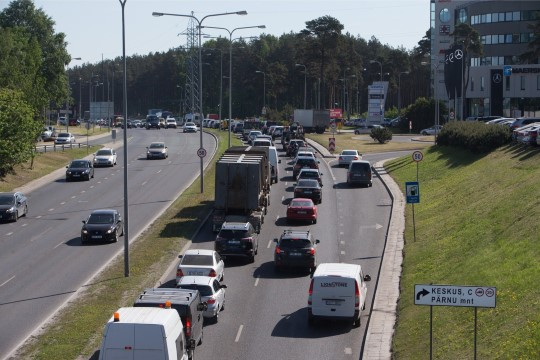 В Таллинне дорожное покрытие будет производить электричество, а снег таять сам