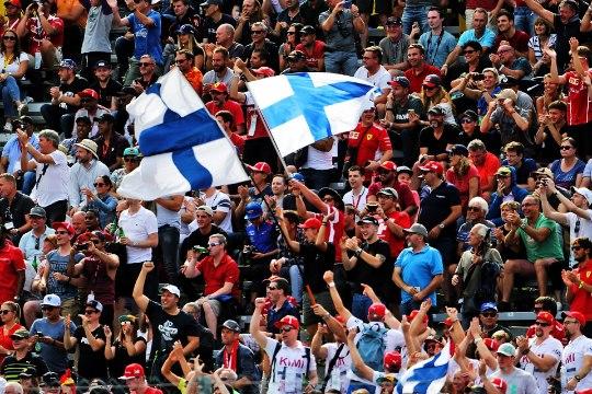 VIDEO | Räikköneni rajarekord ajas Soome telekommentaatoritel pulsi punasesse