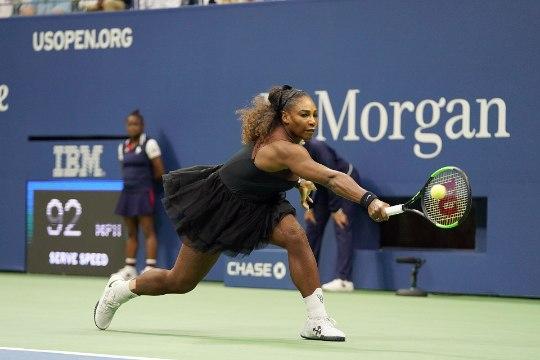 WTA toetab Serena Williamsit: mehi ja naisi ei kohelda võrdselt