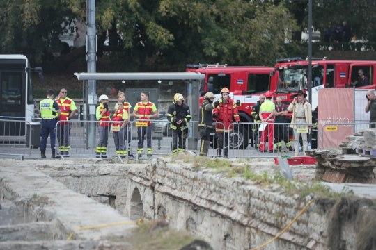 ФОТО: в парке Таммсааре обвалился свод, погиб человек