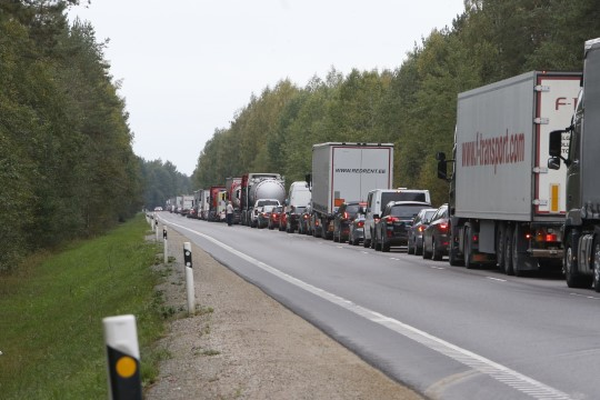GALERII | Tallinna ringteel on kilomeetrite pikkune ummik