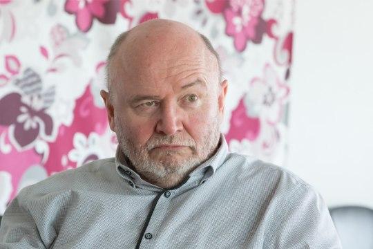 Igor Gräzin imestab saatejuhi käitumise üle: rahvusringhäälingus piiblit tõrjuda on inetu