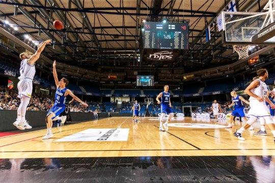 EMiks nõutakse 10 000 kohaga saali, Eestis on 7000+. Keio Kuhi: FIBA on valmis läbi rääkima