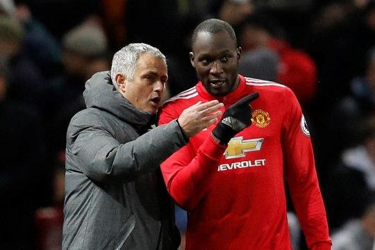 Manchester Unitedi ründetuus kaitseb Mourinhot: ta ei teeskle, erinevalt teistest treeneritest