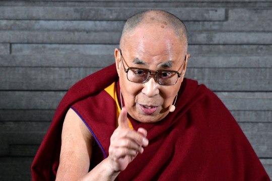 """Dalai-laama Malmös: """"Euroopa kuulub eurooplastele!"""""""