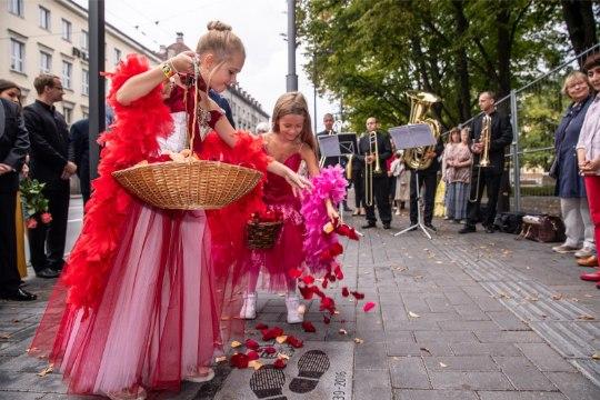 GALERII | Estonia teatrilaadal avati Eri Klasi jalajälg