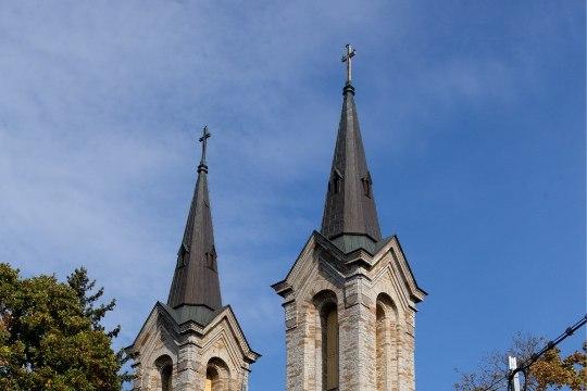 VIIMASED PINTSLITÕMBED: Kaarli kirik valmistub paavsti visiidiks