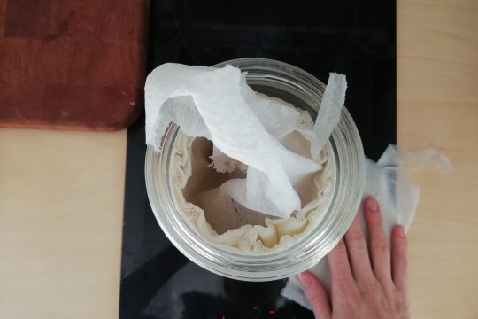 TEE ISE | Palju odavam on teha ise niisked majapidamislapid - nii hoiad köögipinnad piinlikult puhtad ja bakterivabad