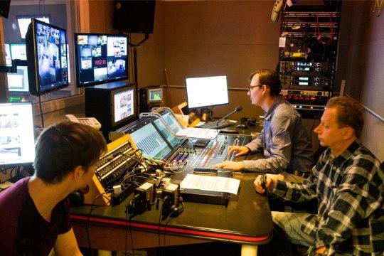 """GALERII   """"Ringvaade"""" sai uue stuudio. Marko Reikop: """"Ma oleks nagu koju jõudnud!"""""""