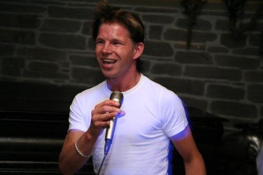 JUBE LUGU: Arnold Oksmaa varastati Helsingi kesklinnas keset päist päeva paljaks!
