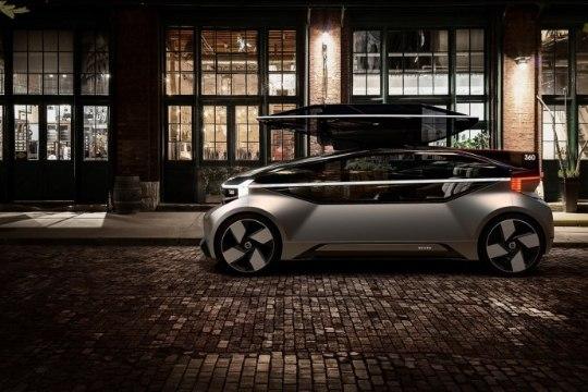 Volvo 360c särtsakas isejuhtiv ideeauto on inimesest kõvasti targem