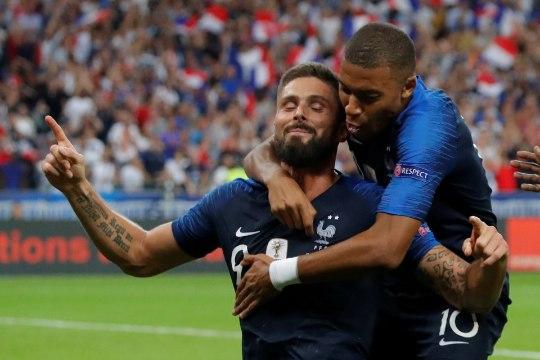 RAHVUSTE LIIGA | Prantsusmaa näitas maailmameistrite klassi, Taani tuli viimaks väljakule proffidega