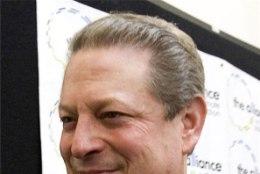 Massöör süüdistab: Al Gore pakkus mulle seksi