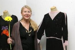GALERII: avati näitus mustadest kleitidest
