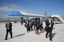 Obama lendas Peterburi üle Eesti