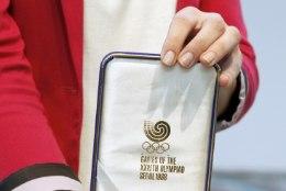 Märt Roosna   Mind ei huvita, kas Salumäe medal on Eestis. Tähtis on ju hoopis muu