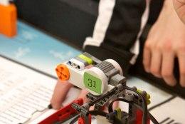 Ahhaas võib ka ise roboteid meisterdada