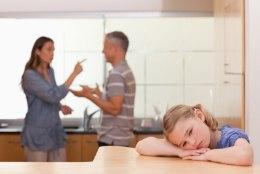 Lastest lahus elavad vanemad: elatusrahavõlglastelt juhiloa äravõtmine pole lahendus