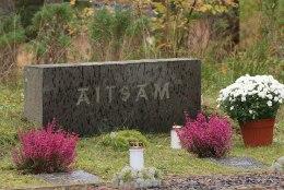 GALERII: Metsakalmistul mälestati invavanaisa Mihkel Aitsamit