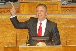 Parlamendis valmistatakse ette samasooliste kooselu seadust, IRL on vastu