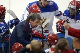Vene hokikoondise peatreener ei saa finaalis meeskonda juhendada