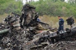 Donetski separatistid teatasid MH17 mustade kastide leidmisest