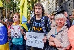 Venemaad ja Ukrainat lahutab täismõõdus sõjast pool sammu