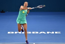 Kaia Kanepi nägi vaeva, ent jõudis Brisbane'is veerandfinaali