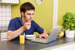 Arvuti taga söömine kasvatab isu