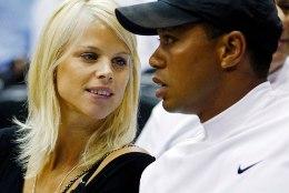 Naisepetja Tiger Woods on võlgu üüratu summa