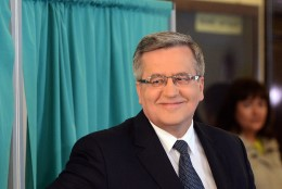 Poola valib  presidenti
