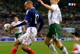Uus paljastus: FIFA maksis iirlastele viis miljonit, et nad Henry käepalliga kohtusse ei läheks