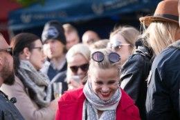 FOTOD | Hiljuti vaagnaluu murdnud Gerli Rosenfeld lõbutses Leplandi ja Padari kontserdil