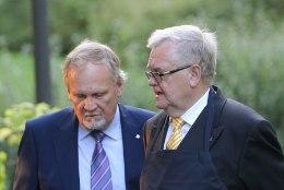 Keskerakonna volikogu avaldas Savisaarele ja Kallole toetust, Savisaare parteijuhina jätkamist ei arutatud