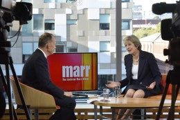 Theresa May: Brexit algab kevadel