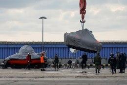 Mustast merest otsitakse lennuõnnetuses hukkunute surnukehasid